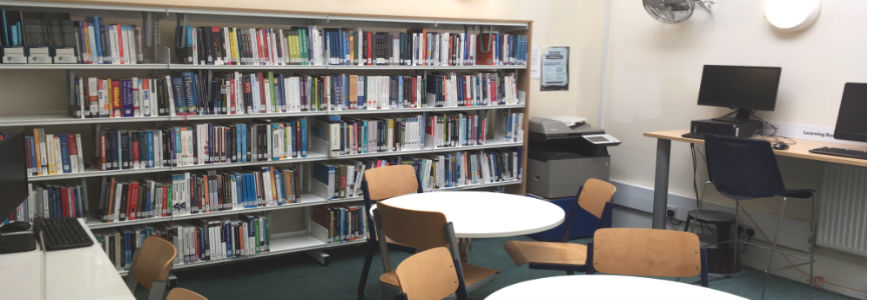 Tables and books in the the UWTSD London Library